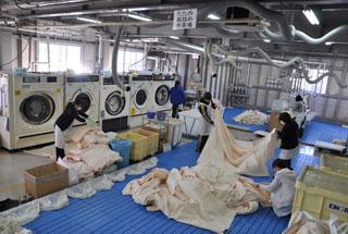 カーテン洗濯風景