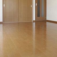滑りの防止及び移動の円滑化等のための床又は通路面の材料の変更